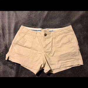 Old navy khaki 3 1/2 shorts. Size 4.